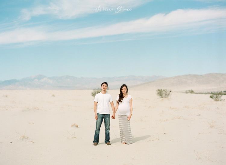 Desert_maternity_session_01