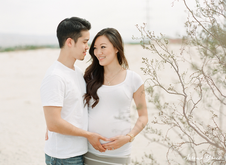Desert_maternity_session_11